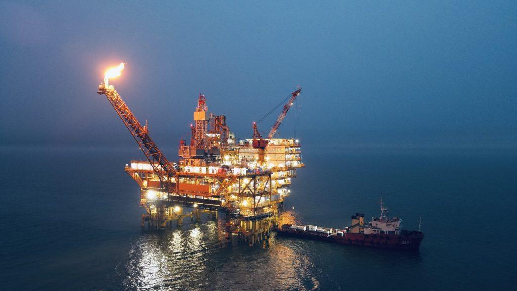 """助力""""碳达峰、碳中和"""" 中国海油在行动"""