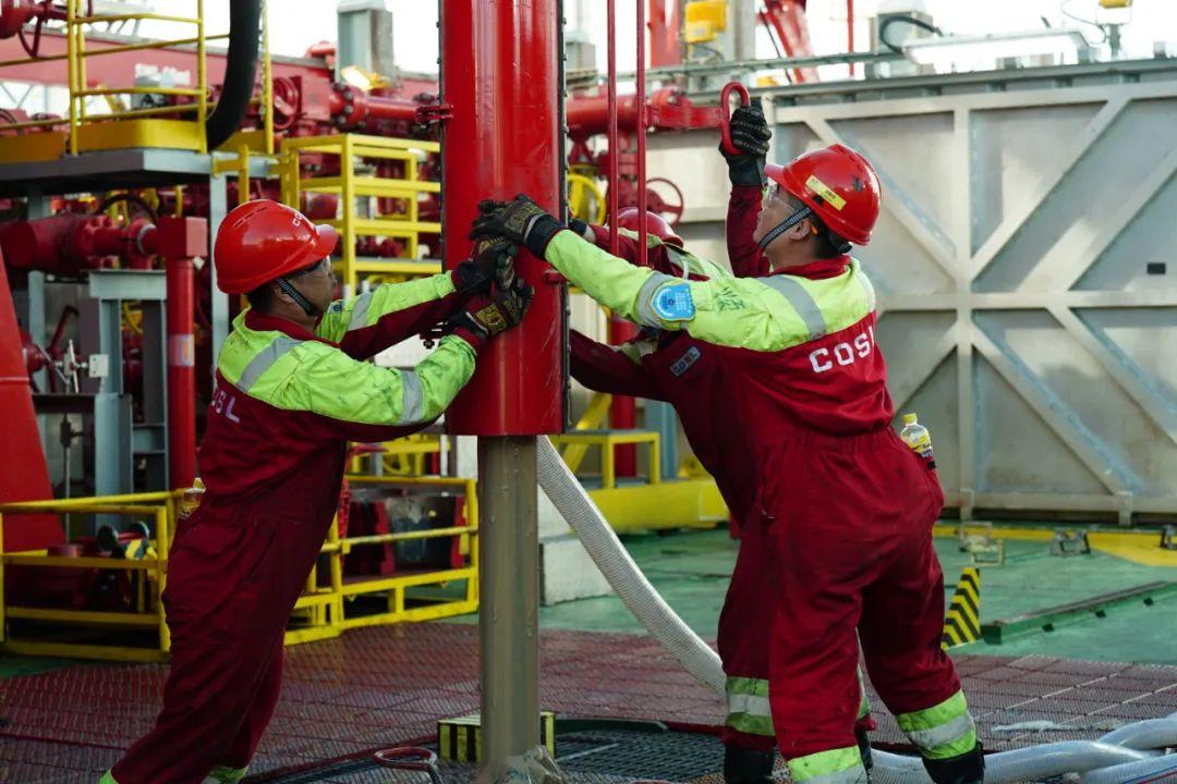 国际领先!中海油建造全球首艘智能深水钻井平台!